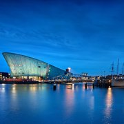 NEMO Science Museum by night - Photo DigiDaan